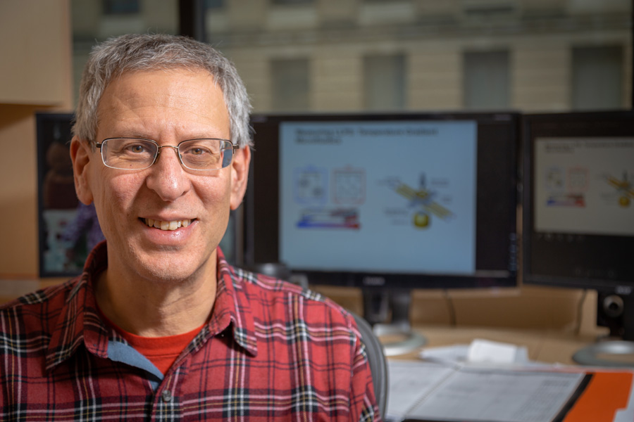 Paul Cremer, professor of chemistry and of biochemistry and molecular biology. Credit: Nate Follmer